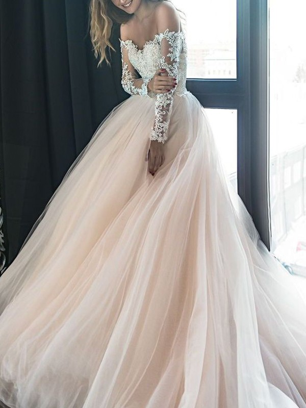 Treasured Reveries Princess Style Off-the-Shoulder Long Sleeves Court Train Applique Tulle Wedding Dresses
