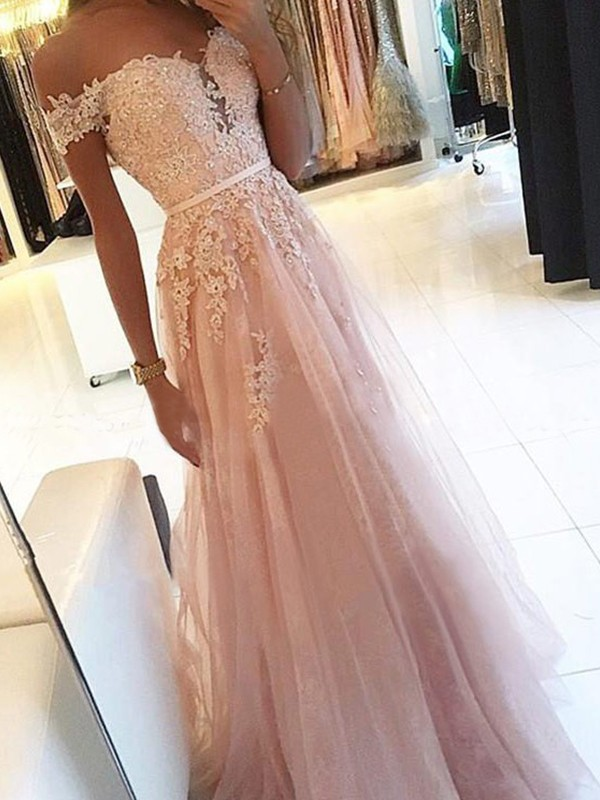 Creative Courage Princess Style Off-the-Shoulder Floor-Length Applique Tulle Dresses