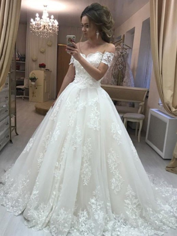 296809bdd4a Intuitive Impact Princess Style Off-the-Shoulder Sleeveless Sweep Brush  Train Applique Tulle