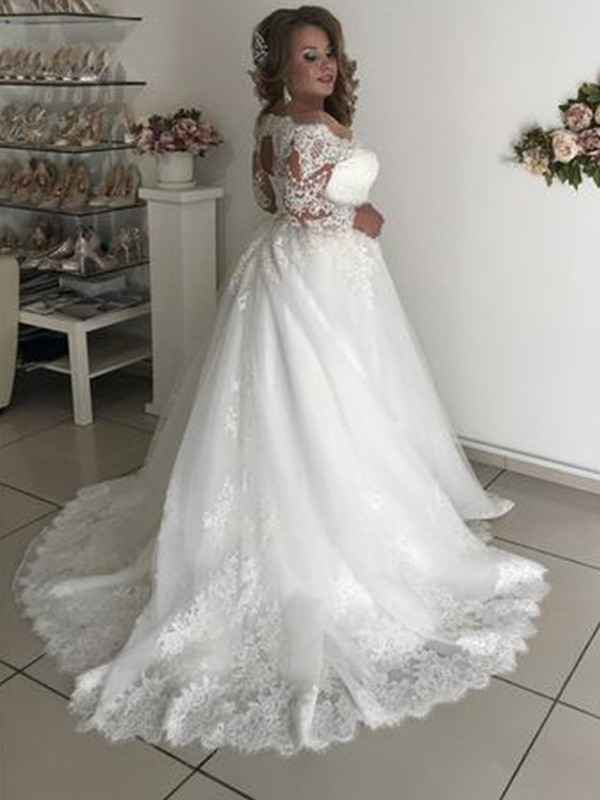 c94a455d434 ... Pretty Looks Princess Style Off-the-Shoulder Long Sleeves Sweep Brush  Train Lace