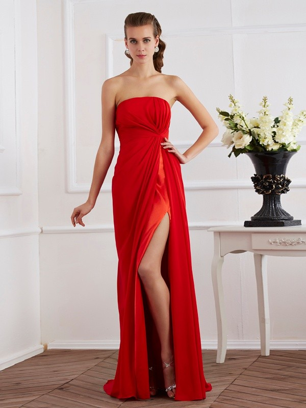 Open to Adoration Sheath Style Strapless Pleats Long Chiffon Dresses