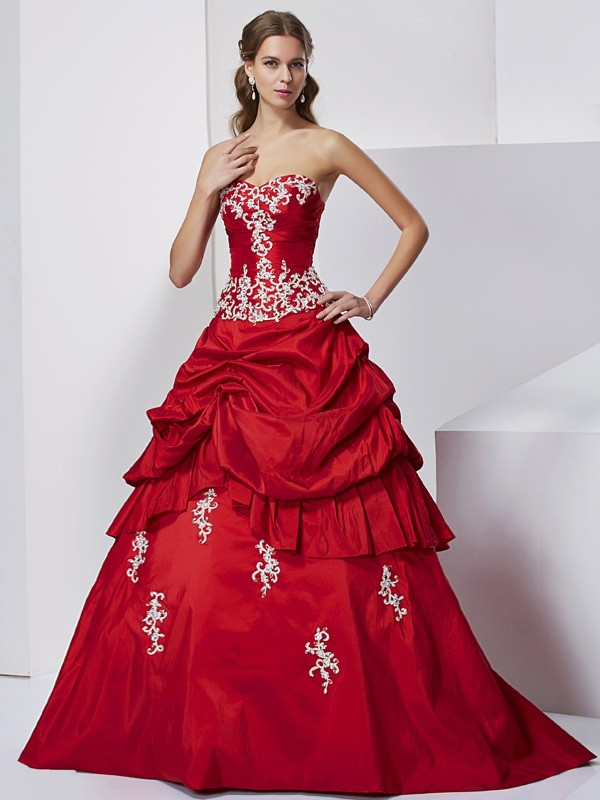 Memorable Magic Ball Gown Sweetheart Beading Applique Long Taffeta Quinceanera Dresses