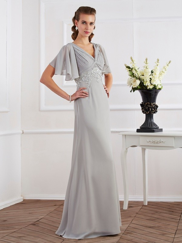 Desired Spotlight Sheath Style V-neck Beading Long Chiffon Dresses