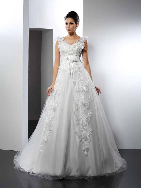 Lively Identity Princess Style Straps Lace Long Satin Wedding Dresses