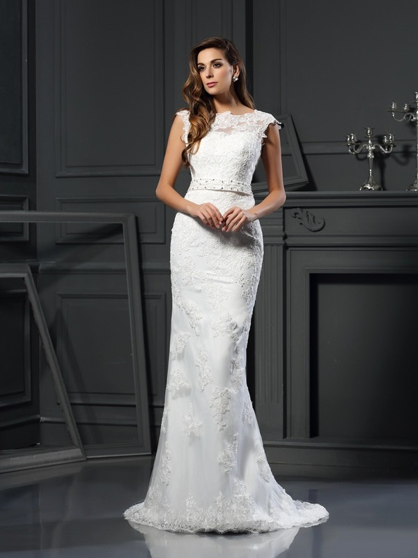 Voiced Vivacity Princess Style Bateau Lace Long Satin Wedding Dresses