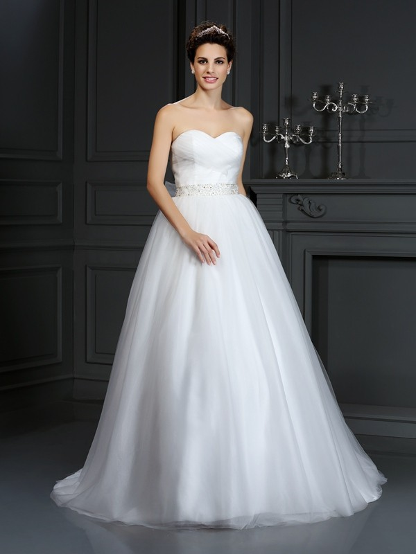 Automatic Classic Ball Gown Sweetheart Beading Long Net Wedding Dresses