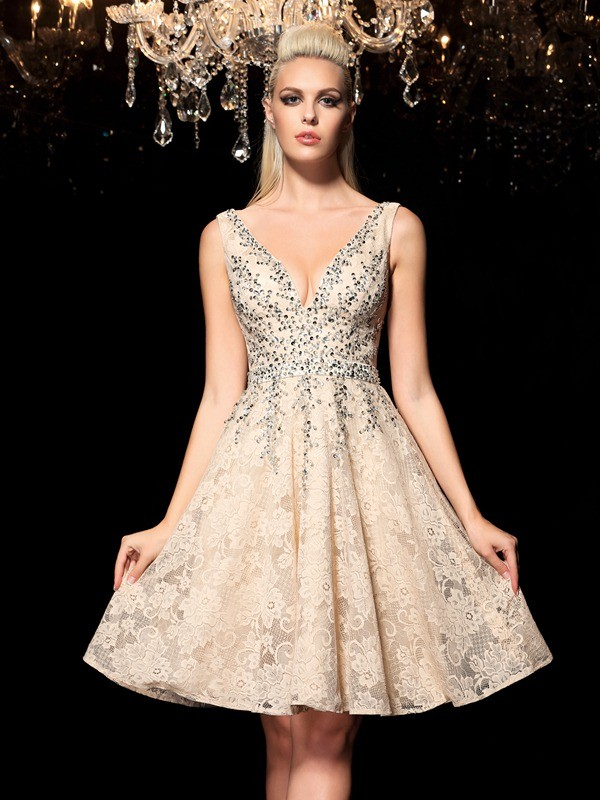Intuitive Impact Princess Style V-neck Beading Short Lace Cocktail Dresses
