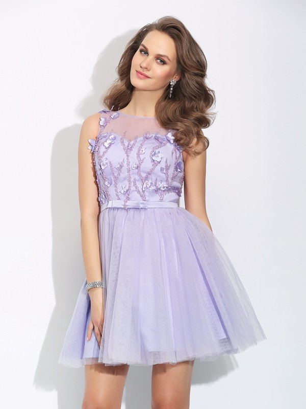 Modern Mood Princess Style Bateau Applique Short Satin Dresses