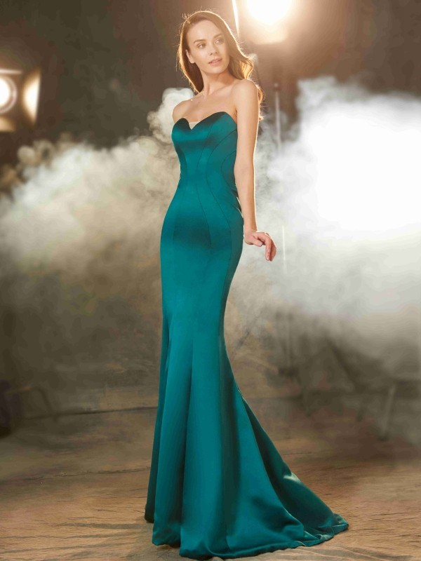 Comfortably Chic Mermaid Style Sweetheart Ruched Sweep/Brush Train Satin Dresses
