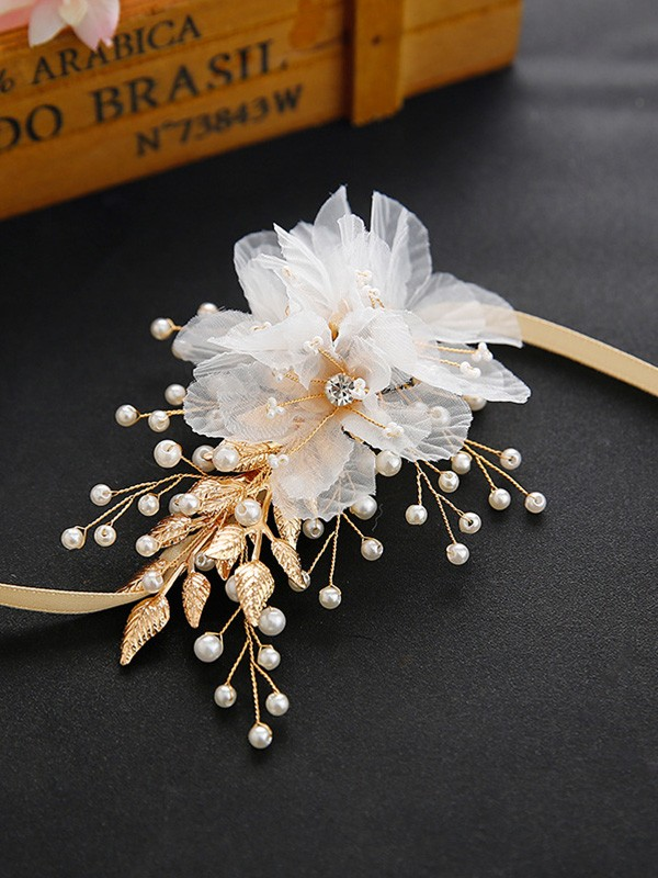 Simple Cloth Wrist Corsage