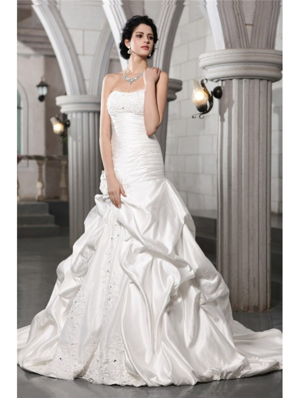 Chic Chic London Princess Style Strapless Beading Applique Hand-Made Flower Long Satin Wedding Dresses