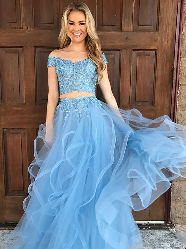 Comfortably Chic Princess Style Off-the-Shoulder Tulle With Applique Floor-Length Two Piece Dresses