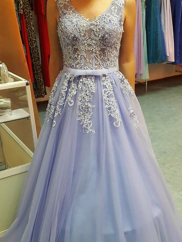 Open to Adoration Princess Style V-neck Floor-Length With Applique Tulle Dresses