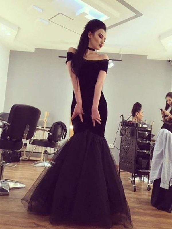 Comfortably Chic Mermaid Style Off-the-Shoulder Floor-Length Tulle Dresses