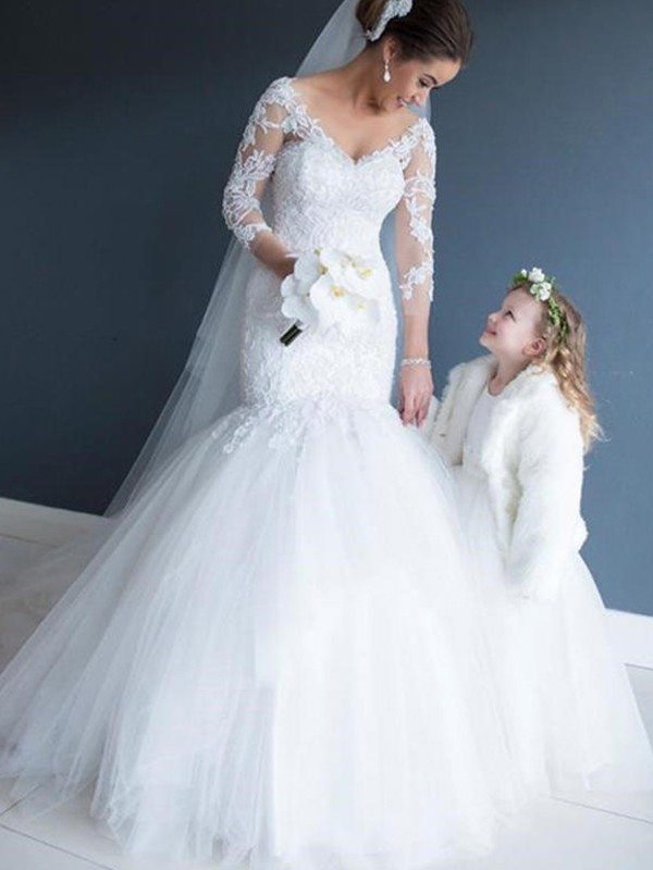 Sweet Sensation Mermaid Style V-neck Tulle With Lace Court Train Wedding Dresses