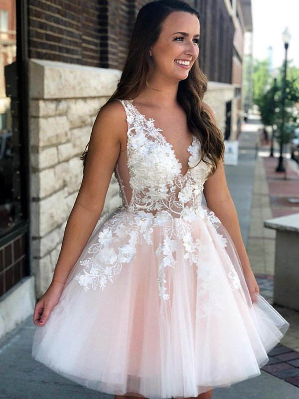 Cordially Delighted Princess Style V-neck Tulle With Applique Short/Mini Dresses