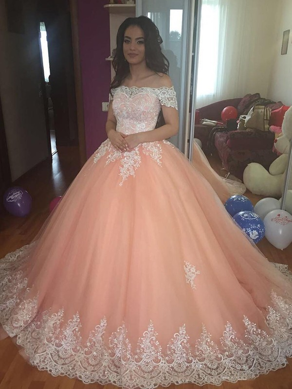 Glitz the Spot Ball Gown Off-the-Shoulder Court Train Tulle Lace Dresses