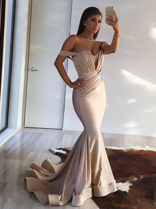 Limitless Looks Trumpet/Mermaid Style Off-the-Shoulder Sweep/Brush Train Ruffles Spandex Dresses