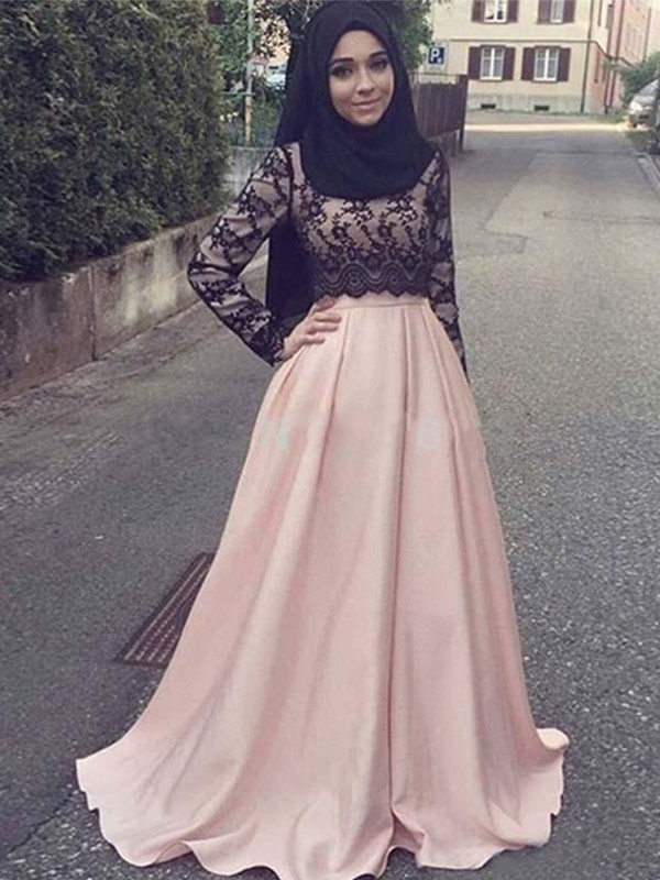 Lively Identity Princess Style Scoop Sweep/Brush Train Applique Satin Muslim Dresses