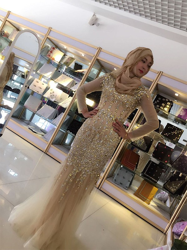 Defined Shine Sheath Style Scoop Floor-Length Sequin Tulle Muslim Dresses