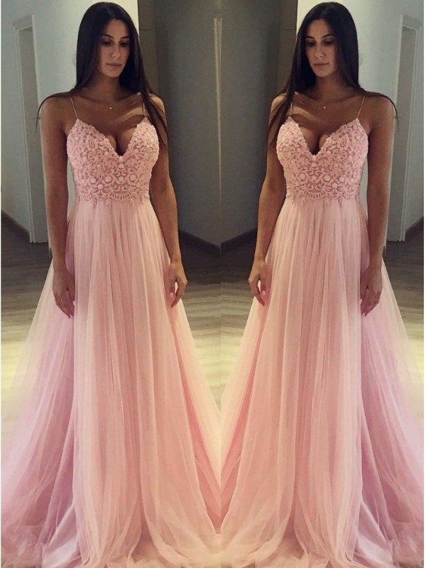 Automatic Classic Princess Style Spaghetti Straps Sweep/Brush Train Applique Tulle Dresses