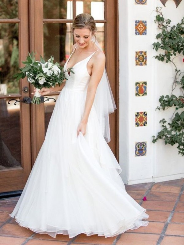 Creative Courage Princess Style V-neck Sleeveless Sweep/Brush Train Ruffles Tulle Wedding Dresses