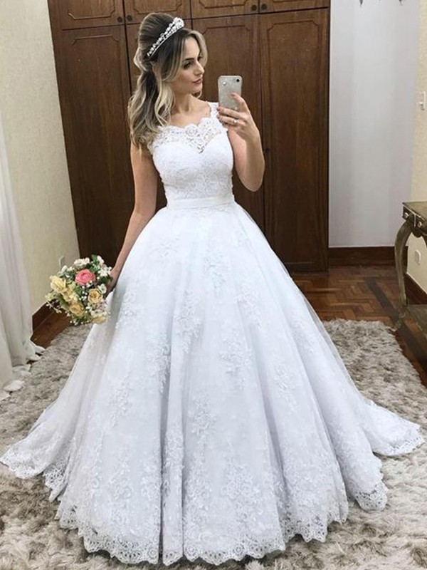 Dancing Queen Ball Gown Scoop Sleeveless Sweep/Brush Train Lace Satin Wedding Dresses