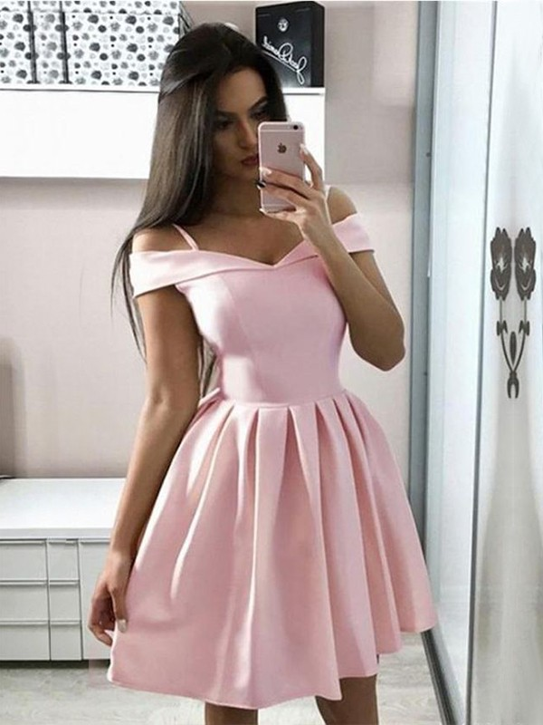Fabulous Fit Princess Style Satin Ruffles Off-the-Shoulder Short/Mini Homecoming Dresses