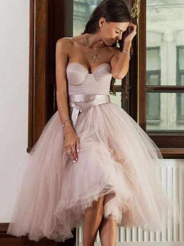 Befits Your Brilliance Princess Style Tulle Sash/Ribbon/Belt Sweetheart Tea-Length Homecoming Dresses