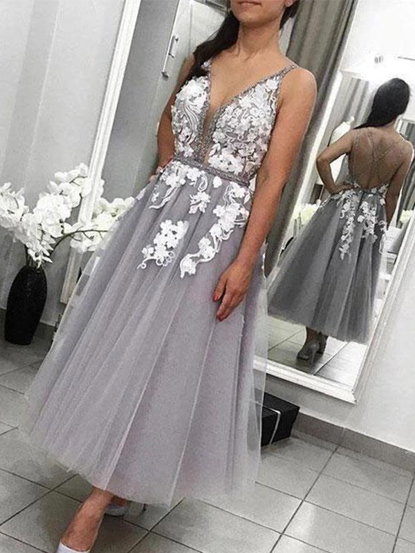 Pretty Looks A-Line Tulle Spaghetti Straps Applique Ankle-Length Homecoming Dresses