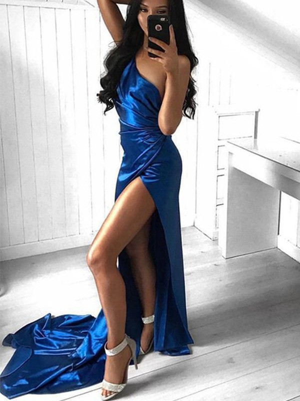 Chic Chic London Sheath Ruched One-Shoulder Court Train Satin Royal Blue Prom Dresses