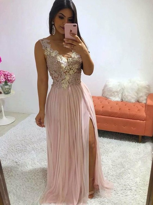 Chic Chic London A-Line/Princess Chiffon Applique Sleeveless Sweep/Brush Train V-neck Prom Dresses
