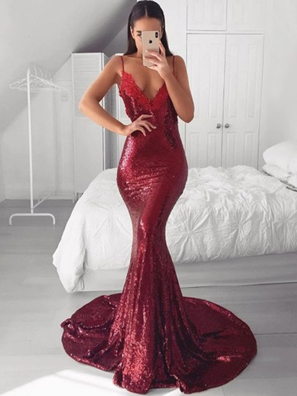 Dancing Queen Trumpet/Mermaid V-neck Sequins Applique Sweep/Brush Train Sleeveless Prom Dresses