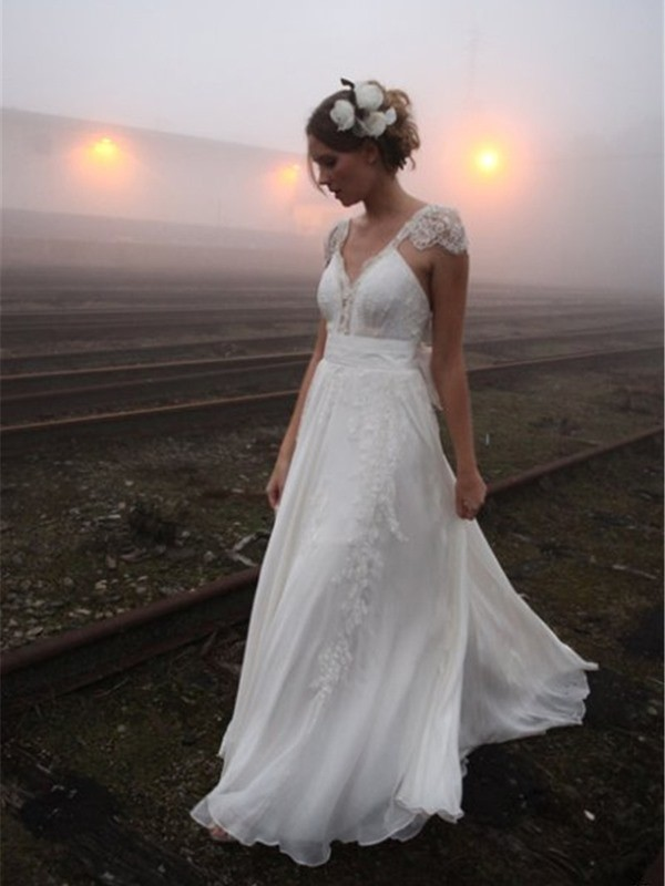 Pretty Looks Princess Style V-neck Floor-Length Lace Chiffon Wedding Dresses