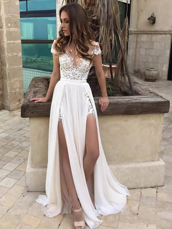 Confident Option Princess Style V-neck Sweep/Brush Train Lace Chiffon Wedding Dresses