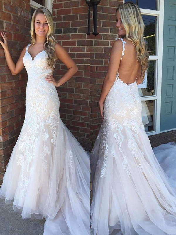 Lively Identity Mermaid Style V-neck Sweep/Brush Train Applique Tulle Wedding Dresses